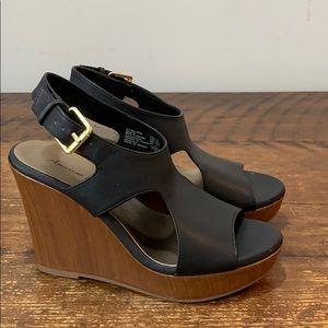 American Eagle Black Wedge Open Toe Shoes  Sz 7.5